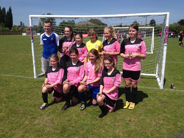 Lads-Club-u12-Vixens-tournament-winners